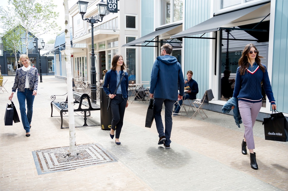 d236ceaa5f6 Experience Premium Shopping In Batavia Stad Amsterdam Fashion Outlet ...