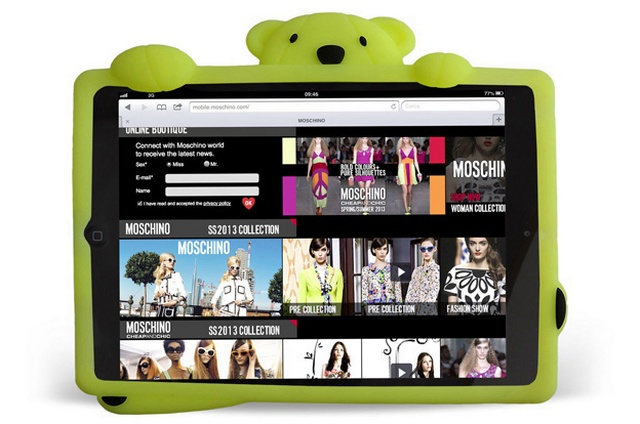sale retailer 9284b a1d04 Moschino's new glow-in-the-dark iPad case | Global Blue