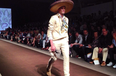 @emmanuelitalia: Another good vibe from Etro collection! Present the Mariachi from off Spain to South America like Mexico et