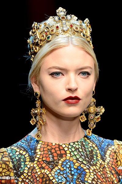 8ecb70d34a49 Dolce   Gabbana s best religious-inspired accessories