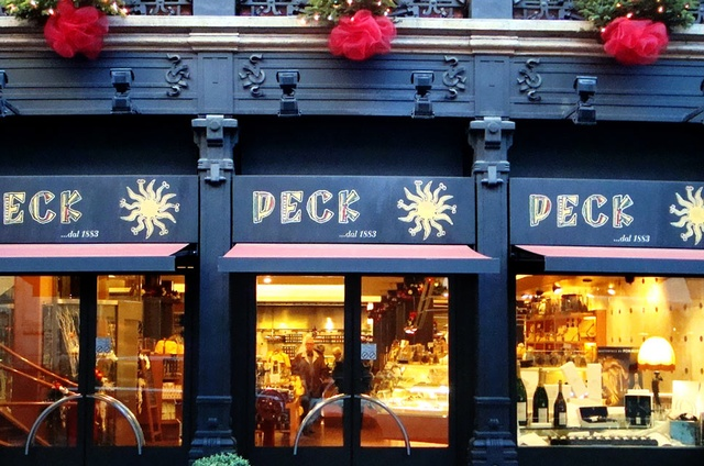 a7c6bd5ff97a Where to buy food souvenirs in Milan