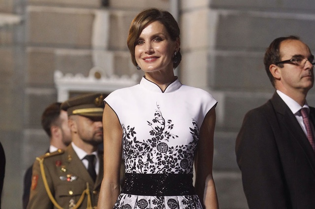 bcfada19 How to get Queen Letizia of Spain's style | Global Blue